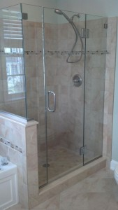 Clear Tempered glass shower door