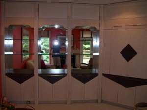 Stack units, mirror and glass shelves